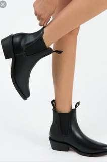 Baxter Leather Boots