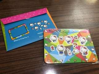 Hello Kitty Photo frame and magnets