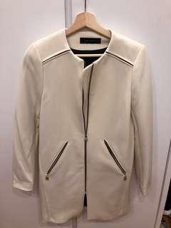 Zara 白色中褸 white coat