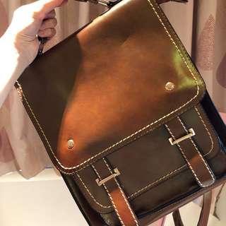 🚚 皮革包 背包 手提包 肩背包 萬能包 復古包