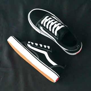 Black Sneakers Vans Old Skool Style Shoes Women Cover fashion