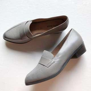 NEW - Diana Ferrari Leather Loafers Size 7.5
