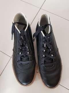 Nike mid cut shoes (Size : US8.5/UK7.5/EU42)