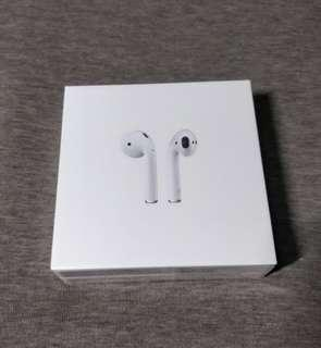 🚚 Apple Airpods (Local Warranty)