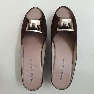 Sepatu Perempuan