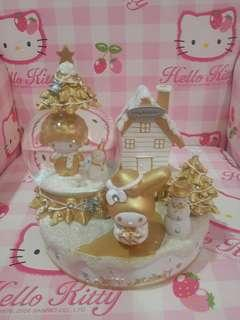 Melody gold snow glode
