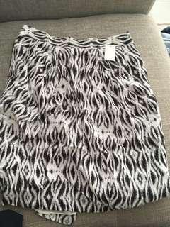 Pre Owned Sussan bubble skirt monochrome 8