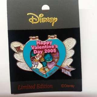 Disney Pin Donald Daisy 情人節襟章