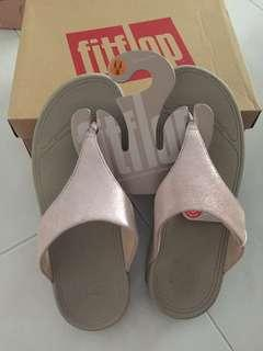 BNIB Authentic Fitflop Lulu Shimmersuede Nude