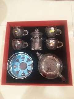 Kitty teapot set
