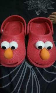 Polliwalks elmo