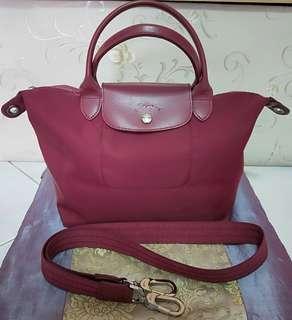 💯Authentic LongChamp Le Pliage Neo Short Handle Nylon Tote Bag Small (Opera). #MRTRaffles