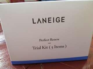 🚚 [BNIB] LANIEGE PERFECT RENEW TRIAL KIT