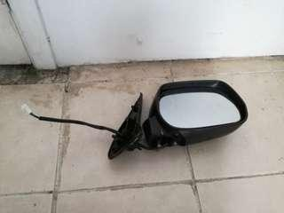 Toyota sienta side mirror (right) middle part broken.