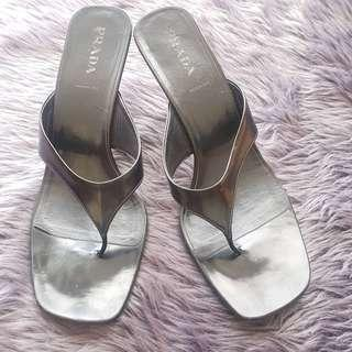 7cb0336213c sandals size 9 authentic | Women's Fashion | Carousell Philippines