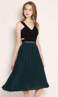 Shop Sassy Dream Pleated skirt in Forest ( Size S)