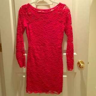 🚚 H&M Red Lace Floral Bodycon Dress