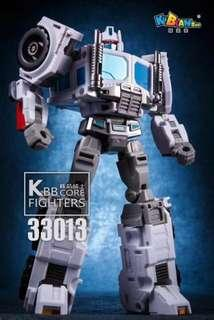 (Price entered wrongly earlier) Transformers KBB KuBianBao - 33013 Core Fighters (aka KO PE Core Ultra Magnus) (MISB) plus One Free Autobot Logo Decal Sticker Sheet