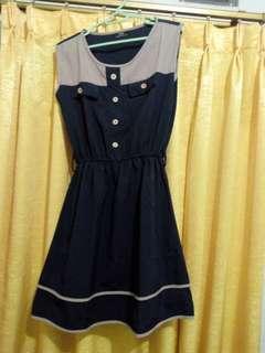 Midi dress navy cream