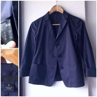 Uniqlo navy blazer