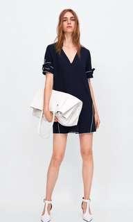 🚚 Zara 撞色滾邊洋裝  V領飄逸洋裝 連身裙(S)