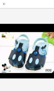 🚚 全新廸士尼Disney 涼鞋14size
