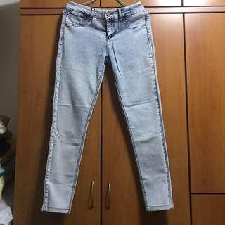 🚚 Pull & Bear Jeans