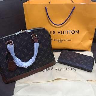 Louis Vuitton Cuir Glacé
