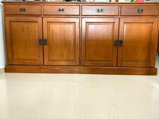 Wooden Cabinet / Drawer