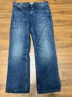 Timberland直筒牛仔褲32腰