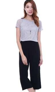 BNWT PEARLIE BASIC LACE CROPPED TEE - NAVY