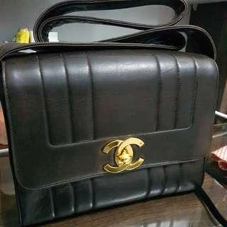 Authentic Vintage Chanel crossbody bag
