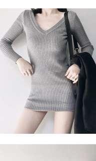 灰色V領剪裁顯瘦洋裝 針織洋裝