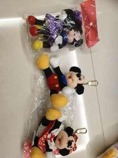 Mickey n minnie key chain