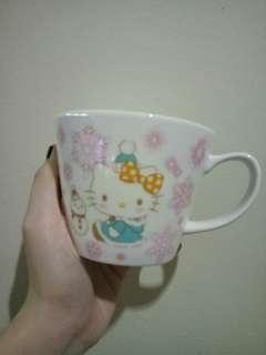 (AUTHENTIC❗) SANRIO GLASS CUP
