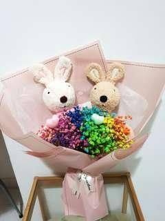 Le sucre rabbit rainbow baby breaths bouquet