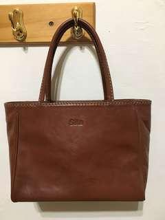 🚚 丫母的手提包