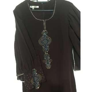 Dark brown Boutique jubah without crystals size L