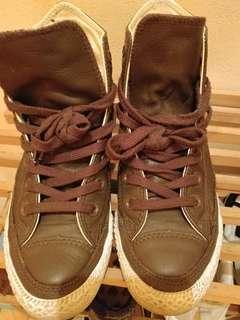 converse皮鞋