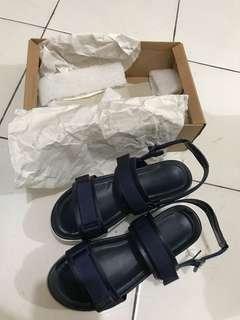 Sendal sepatu urban&co
