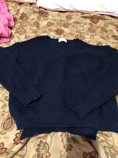 🚚 V領深藍色針織毛衣