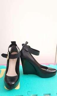 Guess Wedges *Brand New*