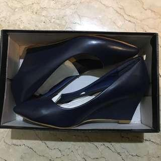 Mitju navy blue wedges heels