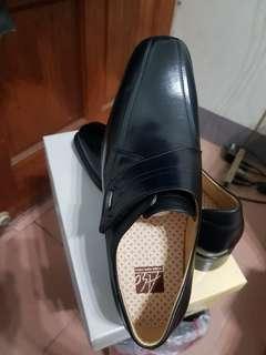 全新 阿瘦 A.S.O ASO 黑色皮鞋,誠可議價面交