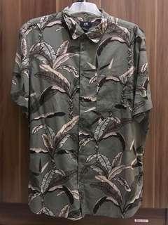 Kemeja Tropical H&M
