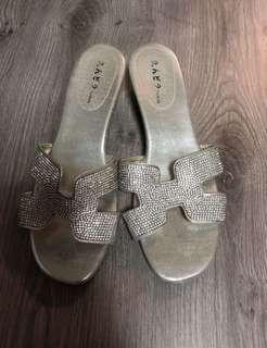 🚚 水鑽鞋