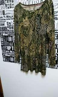 🚚 韓國古著 春秋動物滿版豹紋上衣