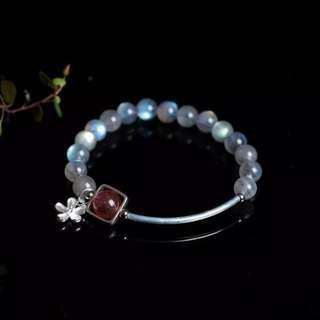 🚚 moon stone bracelet