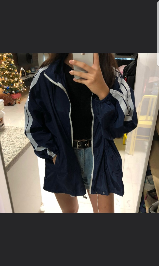 199f6c3a3 BNIP ulzzang white with thick double red striped oversized windbreaker