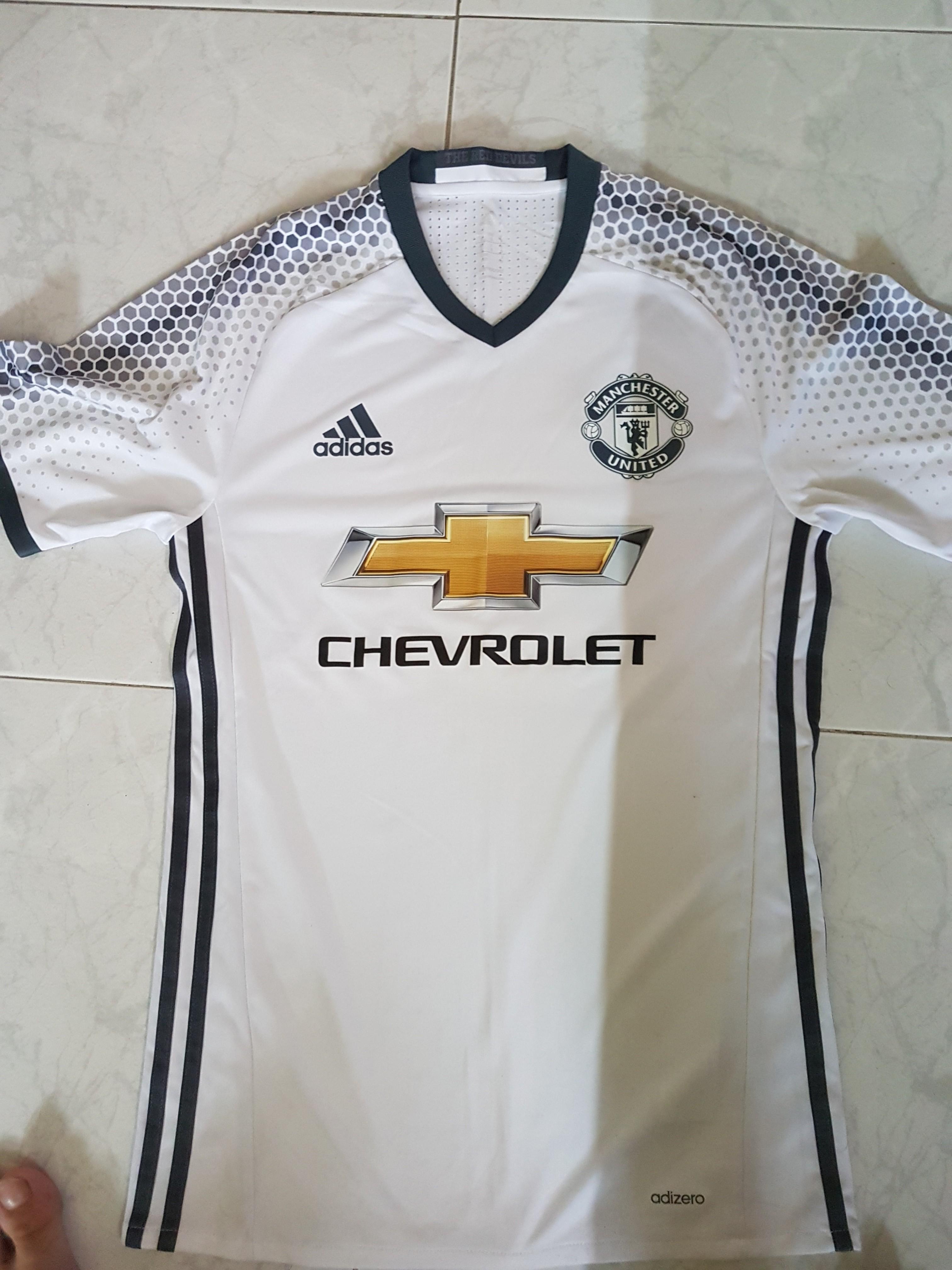 5cbeed4e618 Adidas Manchester United 16 17 Away Kit Adizero